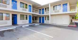 Motel 6 Klamath Falls - Кламат Фолс