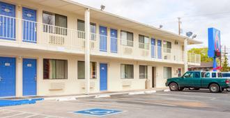 Motel 6 Klamath Falls - Klamath Falls - Gebäude
