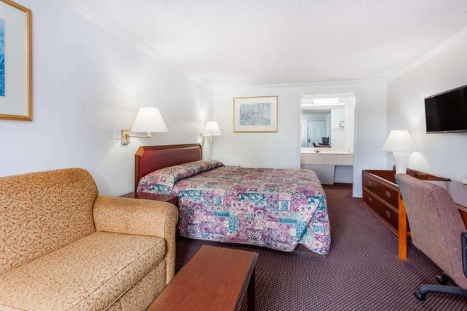 Knights Inn Columbia Northwest - Columbia - Bedroom