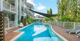 Mantra Aqueous On Port - Port Douglas - Pool
