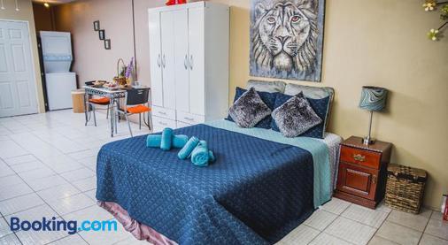 The Valley Oasis Inn - Saint Joseph - Bedroom