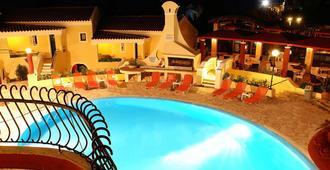 Mediterranean Blue - Kavos - Pool