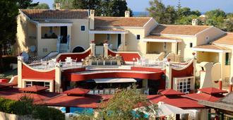 Mediterranean Blue - Kavos - Gebäude