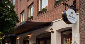 Apartment-Hotel Am Rathaus - דיסלדורף - בניין
