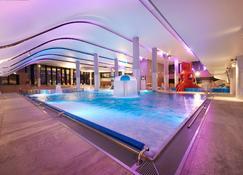 Radisson Blu Resort Swinoujscie - ชฟีนออูอีชเช - สระว่ายน้ำ