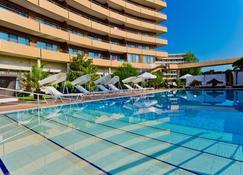 Grand Hotel Pomorie - Pomorie - Basen