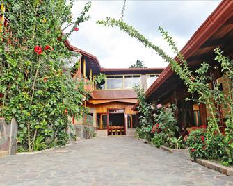 Hotel El Atardecer - Monteverde - Toà nhà