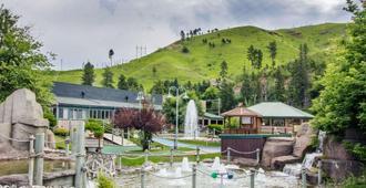 Comfort Inn and Suites Hotel in the Black Hills - Deadwood - Servicio de la propiedad