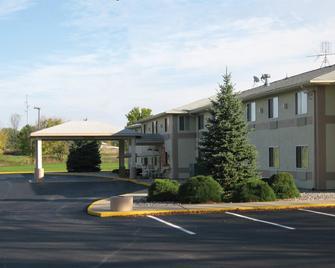Americas Best Value Inn Charlotte, MI - Charlotte - Edificio