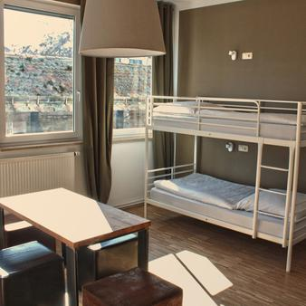Five Reasons Hotel & Hostel - Nuremberg - Bedroom