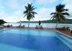 Iles Des Palmes Hotel Eco Resort - Baie Sainte Anne - Uima-allas