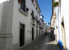 Hotel Rainha Santa Isabel - Óbidos - Outdoor view