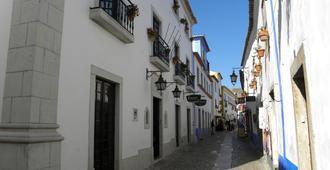 Hotel Rainha Santa Isabel - Óbidos - Outdoors view