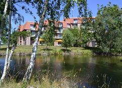 Van der Valk Spreewald Parkhotel - Niewitz - Vista del exterior