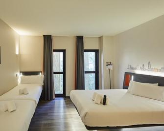 Easyhotel Barcelona Fira - L'Hospitalet de Llobregat - Ložnice