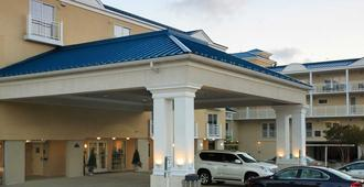 La Mer Beachfront Resort - Cape May - Building
