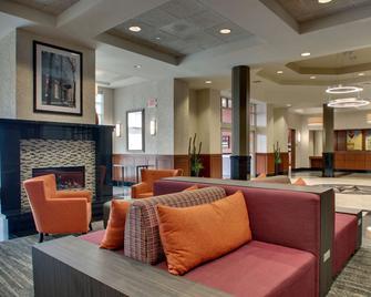 Drury Inn & Suites Findlay - Findlay - Лоббі