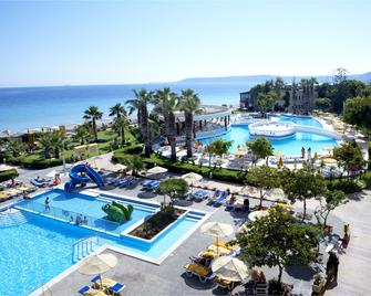 Sunshine Rhodes - Ialysos - Pool