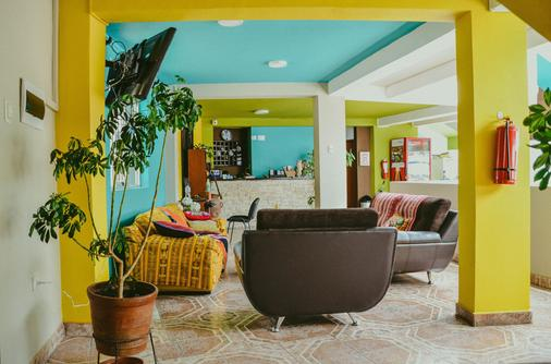 Cusco Packers Hostels - Κούζκο - Σαλόνι ξενοδοχείου