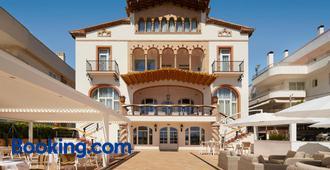 Hotel Casa Vilella 4 Sup - Sitges - Building