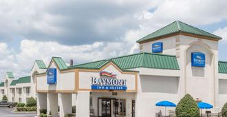 Baymont by Wyndham Greensboro/Coliseum - Гринсборо - Здание