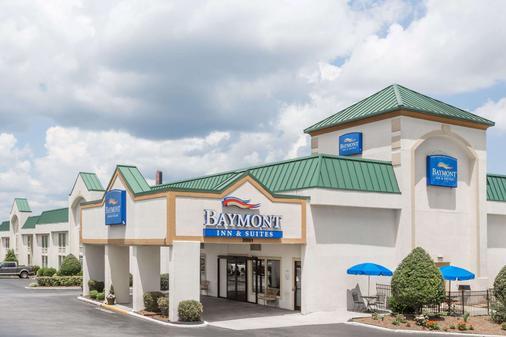 Baymont by Wyndham Greensboro/Coliseum - Greensboro - Toà nhà