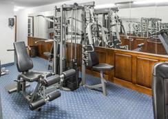 Baymont by Wyndham Greensboro/Coliseum - Greensboro - Gym