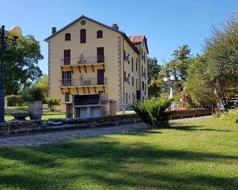 Hotel Residence Sant'uberto - Roccastrada - Будівля
