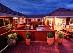 Haka Lodge Taupo - Taupo - Balcony