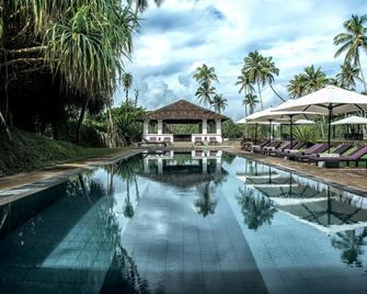 Paradise Road The Villa Bentota - Bentota - Pool