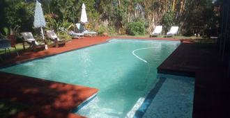 Gloria's Bed And Breakfast - Livingstone - Pool