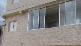 Vitoria Hostel - Guarulhos - Gebäude