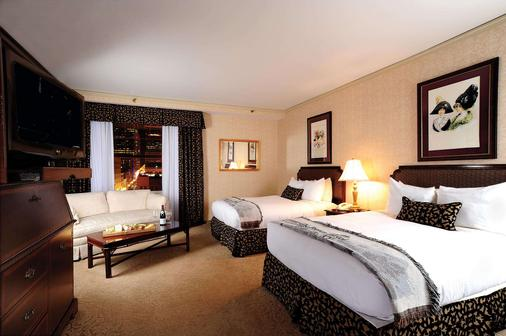 The Brown Hotel - Louisville - Bedroom