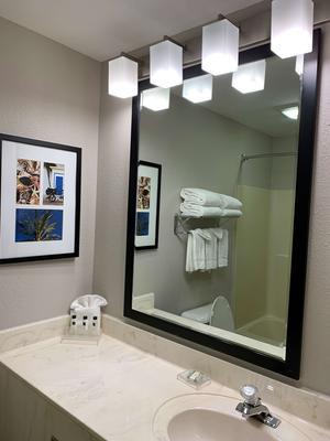 Country Inn & Suites by Radisson, Kenosha, WI - Kenosha - Bathroom