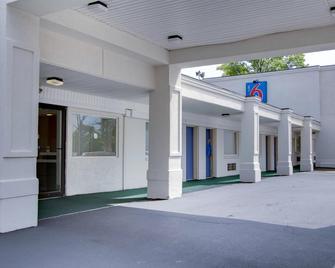 Motel 6 Richfield, OH - Richfield - Edificio