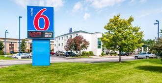 Motel 6 Chicago Joliet I-55 - Joliet - Building