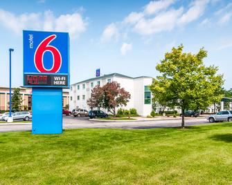 Motel 6 Chicago Joliet I-55 - Joliet - Κτίριο