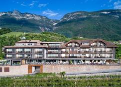 Hotel Christof - Appiano sulla Strada del Vino - Κτίριο
