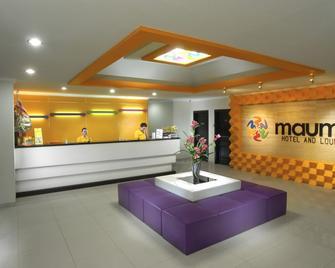 Maumu Hotel and Lounge - Surabaya - Resepsionis