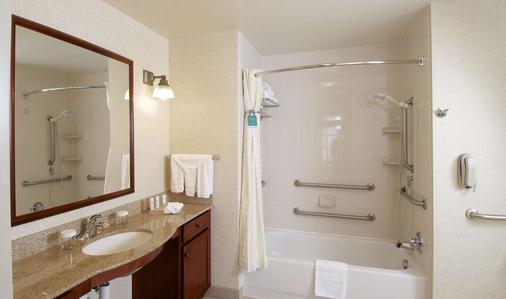 Homewood Suites by Hilton Anchorage - Anchorage - Kylpyhuone