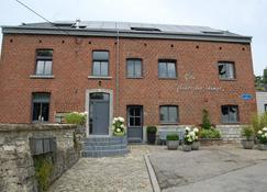 Appartement Fleurs des champs - Rochefort - Edificio