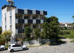 ديلفين أوتل - غازيباسا - مبنى
