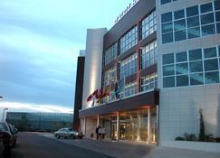 Hotel Beatriz Albacete & Spa - Albacete - Building