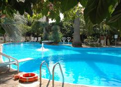 Reginna Palace Hotel - Maiori - Pool