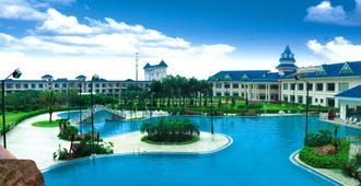 Country Garden Holiday Resorts - Guangzhou - Pool