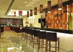 Oakwood Residence Shanghai - Shanghai - Bar