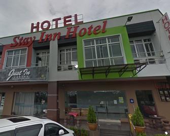 Stay Inn Hotel - Simpang Renggam - Building