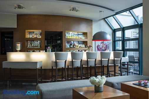 Zeller-Hotel+Restaurant - Kahl am Main - Bar