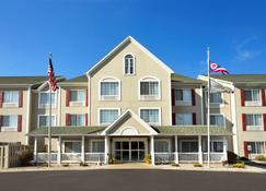 Country Inn & Suites by Radisson, Toledo, OH - Maumee - Building