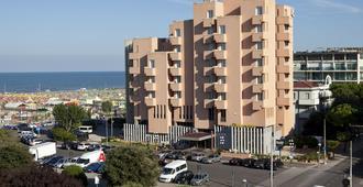 Bellevue Hotel - Rímini - Edificio